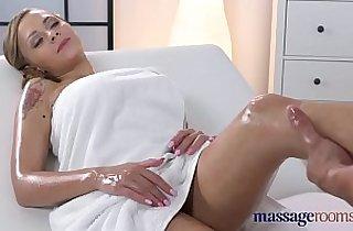 Vip  huge asses  ,  massage  ,  oralsex   sex videos