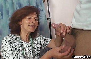 Vip  mature asia  ,  mom xxx  ,  so young   sex videos