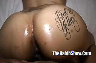 light skinned thick phat booty fucking in the trap