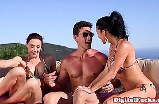 Vip  cumshots  ,  dogging  ,  fingerfucked   sex videos