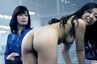 JAV casting mother daughter strip for audition