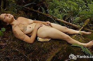 Vip  masturbating  ,  orgasming  ,  outdoor   sex videos