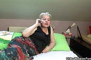 Vip  MILF porno  ,  mom xxx  ,  old-young   sex videos