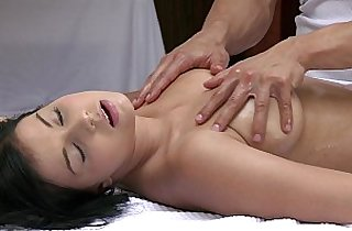 Vip  kisses  ,  massage  ,  naturals   sex videos